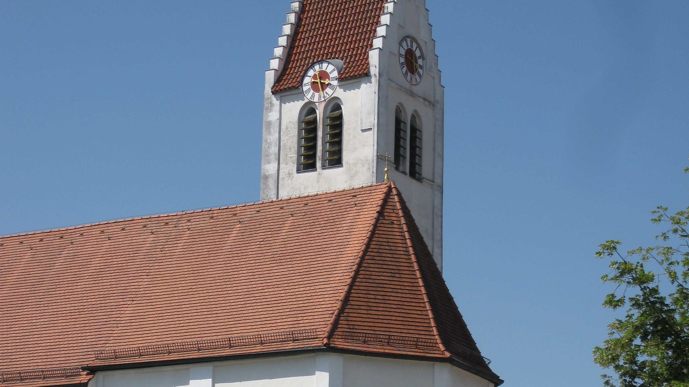 View of St. Peter village church in Ampermoching. Photo: City of Dachau