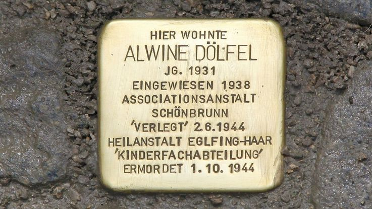 Stumbling stone in memory of Alwine Dölfel, Photo: City of Dachau